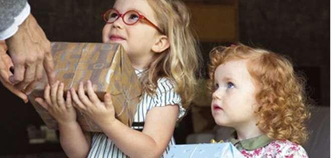 El objetivo principal es que el niño se comporte de la forma en que queremos, siendo esta una herramienta de control.