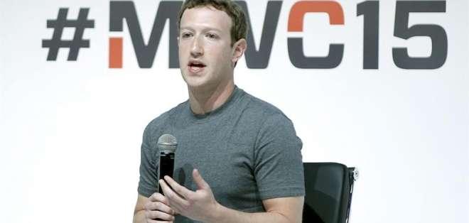 Facebook es dueña de la compañía de realidad virtual Oculus VR.