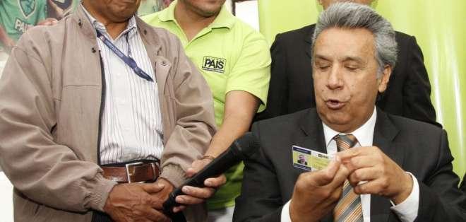 Moreno se refirió a la reelección indefinida y al humor en una entrevista con Ecuavisa.