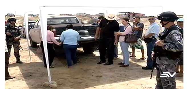 guayas.- Las autoridades fueron al lugar a verificar el estado de las nuevas obras.