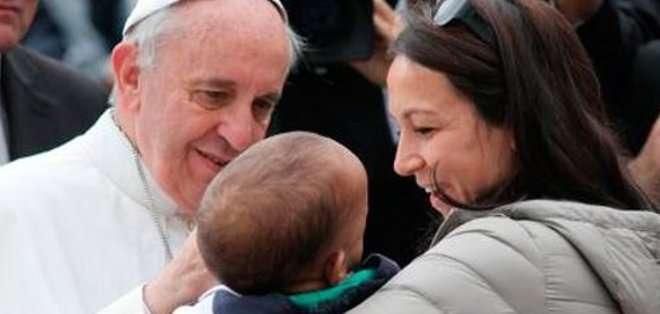 """El papa señaló que este 8 de marzo supone la """"ocasión para subrayar la importancia de las mujeres y la necesidad de su presencia en la vida"""". Fotos: Archivo"""