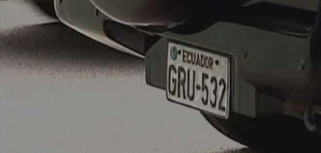 GUAYAQUIL, Ecuador. Los propietarios de los vehículos cuyas placas terminen en 2, ya deben cancelar esta tasa en el pago de la matricula vehicular.