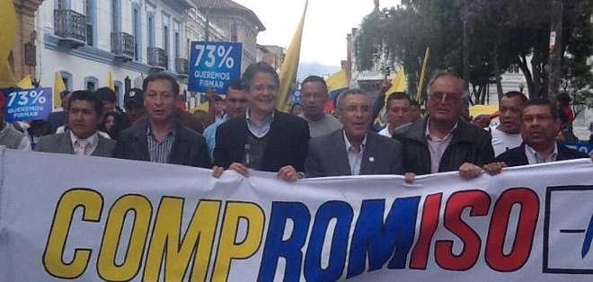 Guillermo Lasso asegura que el 80% de los ecuatorianos rechaza la reelección indefinida.