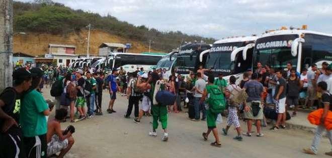 SANTA ELENA.-Comuneros de Olón y Montaña denunciaron los actos vandálicos. Fotos Twitter.