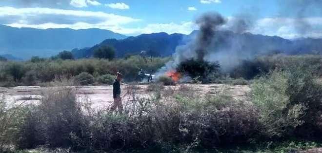 ARGENTINA. Comienza retiro de cuerpos tras choque de helicópteros en Argentina. Foto: AFP