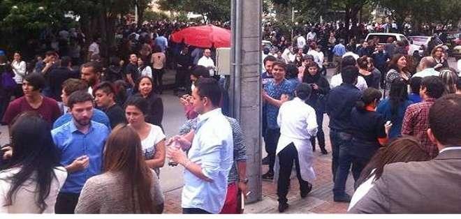 COLOMBIA.-Las autoridades no han informado oficialmente de víctimas o daños materiales por el temblor. Fotos: Web y Twitter: El Tiempo.