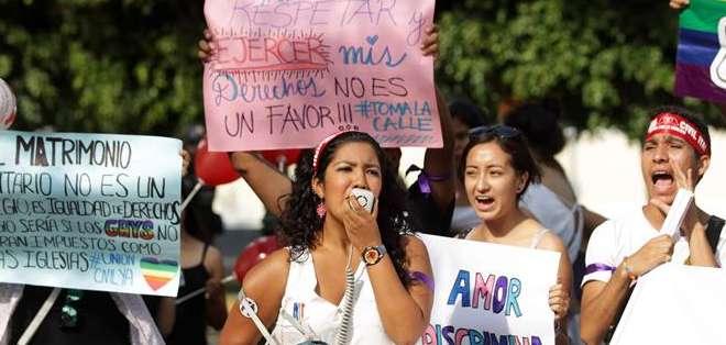 PERÚ.- Las organizaciones homosexuales han realizado este mes una marcha de apoyo al proyecto de ley. Fotos: EFE
