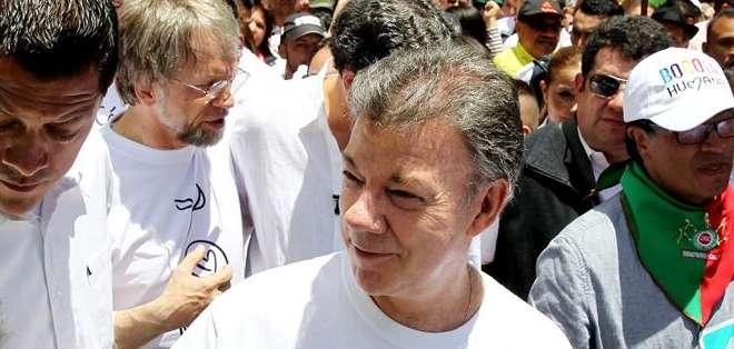 COLOMBIA.- Las FARC inició el cese al fuego en noviembre de 2012, luego de negociaciones en La Habana.  Fotos: EFE