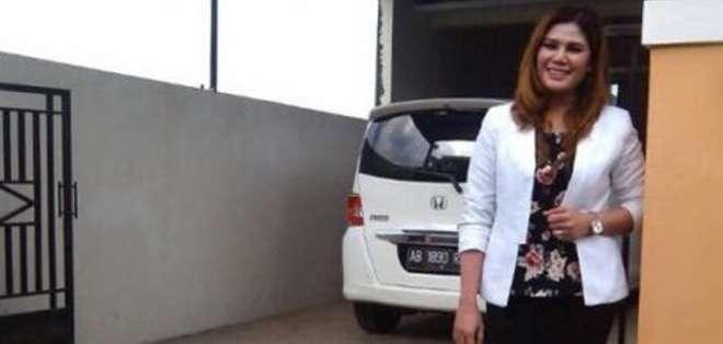 """Wina Lia dijo a la AFP que está """"muy sorprendida por la reacción"""", ya que desde entonces han venido muchos periodistas a entrevistarla."""
