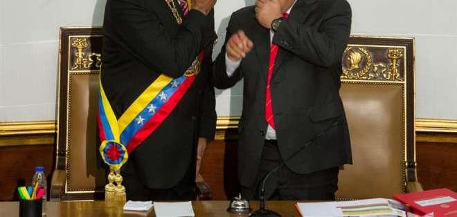 """VENEZUELA.- Estos poderes le adjudicarían a Maduro la facultad de enfrentar """"la amenaza de Estados Unidos"""". Fotos: EFE"""