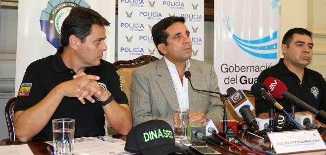 GUAYAQUIL, Ecuador. El implicado fue capturado la noche del miércoles, sería el conductor de la moto en la cual se movilizaban los sospechosos. Foto: Gobernación del Guayas