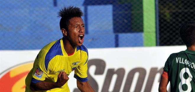 """PARAGUAY.- La """"mini Tri"""" sigue imparable en el torneo sudamericano.  Fotos: EFE"""