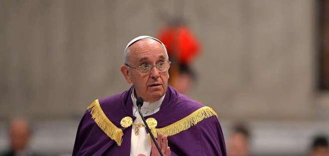 """Francisco dijo tener la sensación de que su pontificado va a ser breve """"cuatro o cinco años"""". Fotos: EFE."""