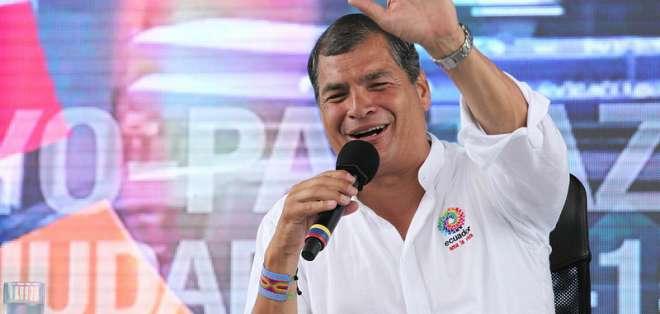 """ECUADOR.- Correa formuló un vehemente llamado a la unidad regional contra lo que llamó """"grotesca injerencia estadounidense"""". Foto: Presidencia de la República"""