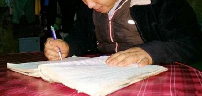 CHINA.- La condición de Chen Hongzhi es tan grave que a veces no puede acordarse de cómo escribir. Foto: medios chinos