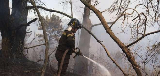 El gobierno chileno anunció el domingo una demanda judicial al estimar que el incendio tuvo un carácter intencional.