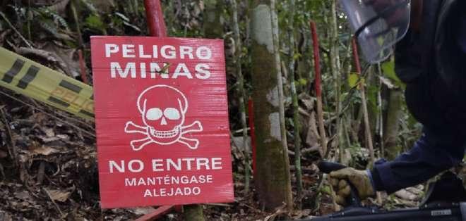 COLOMBIA. Naranjo dio detalles sobre esta medida, que pretende erradicar los explosivos sembrados en diferentes zonas Colombia tras más de 50 años de conflicto armado. Fotos: Archivo