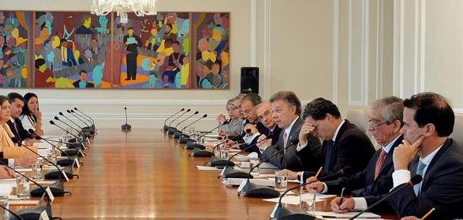 """CUBA.- La próxima semana podría sesionar también una """"subcomisión"""" conjunta en este proceso de paz. Fotos: EFE"""