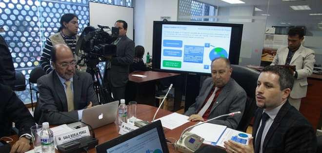 El gerente general del Banco Central indicó que salvaguardias son necesarias para el país.