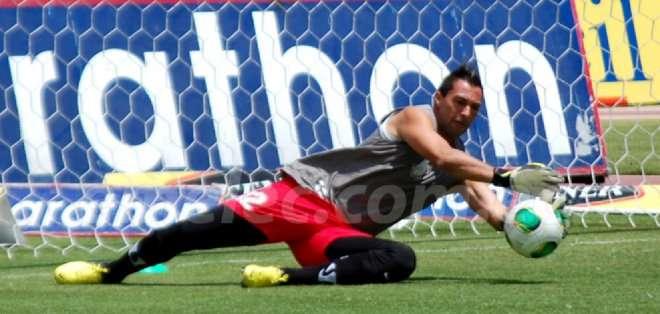 Dreer llegó al país para atajar en Deportivo Cuenca, donde destacó llegando a Emelec.