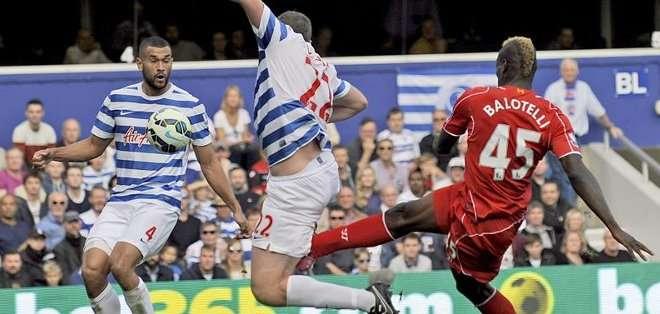 El jugador no ha logrado convertirse en el goleador del equipo. Foto: EFE