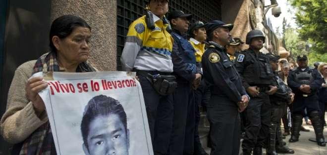 Solo en el estado de Guerrero se han localizado 200 fosas clandestinas .