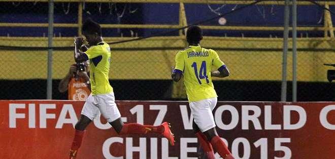 La Sub 17 va por la victoria ante Brasil. Foto: EFE.