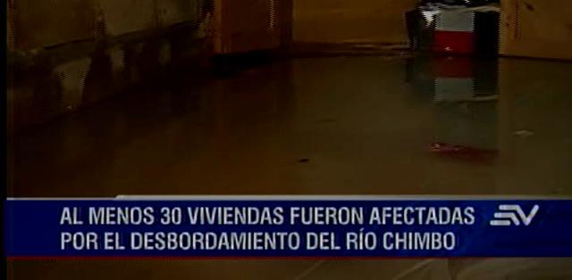 LOS RÍOS.- El desastre dejó tres fallecidos, 11 heridos y 40 familias evacuadas.  Fotos: Captura.