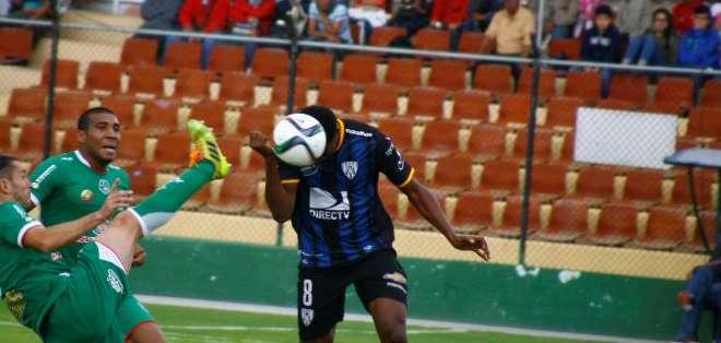 Daniel Angulo es el hombre gol de Independiente. Foto: API.