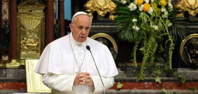 """""""Ninguno de nosotros puede decir 'nunca seré corrupto'"""", dijo el Papa Francisco. Foto: AFP"""