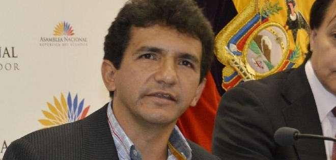 ECUADOR.- El exasambleísta y su asesor fueron sentenciados a 18 meses de prisión por injurias al Presidente. Foto: Archivo