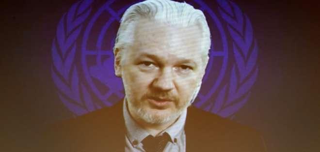 """""""Necesitamos tener acceso a la totalidad del procedimiento"""", aseguró Julian Assange."""