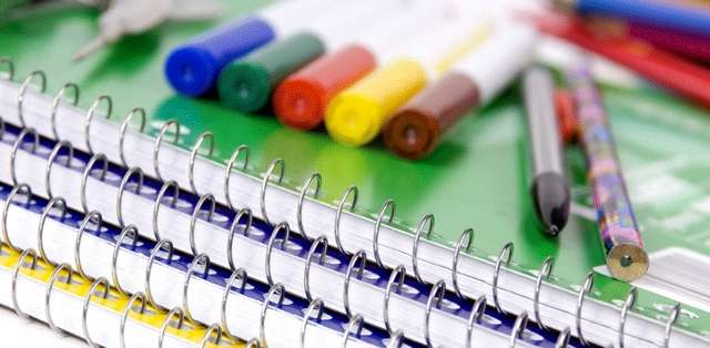 El ministro de Educación, Augusto Espinosa, indicó que la lista de útiles no puede pasar el valor de un salario básico unificado.