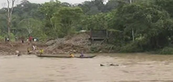 Más de 1.500 habitantes de ocho comunidades resultaron afectados por la caída del puente.