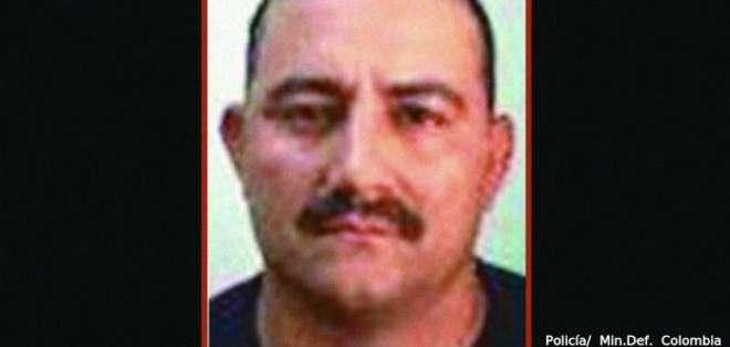 Dairo Antonio Úsuga David pasó por dos grupos guerrilleros y uno paramilitar antes de convertirse en jefe de un grupo dedicado al narcotráfico.