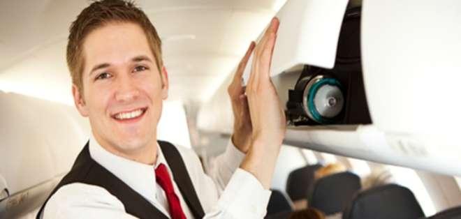 GRAN BRETAÑA.- Un grupo de pasajeros fue desalojado cuando se dirigía a una despedida de soltero. Fotos: Web