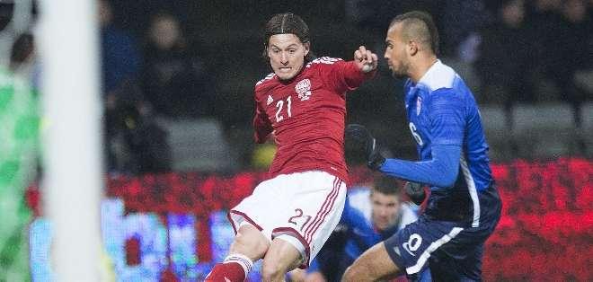 Los daneses son actualmente líderes de su grupo (I) de las eliminatorias para la Eurocopa. Foto: AFP