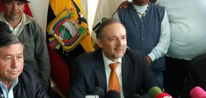 Espinosa aclaró que mediante una reforma legal, ya en trámite, se eliminará la obligatoriedad del estado de aportar el 40% de las pensiones jubilares.