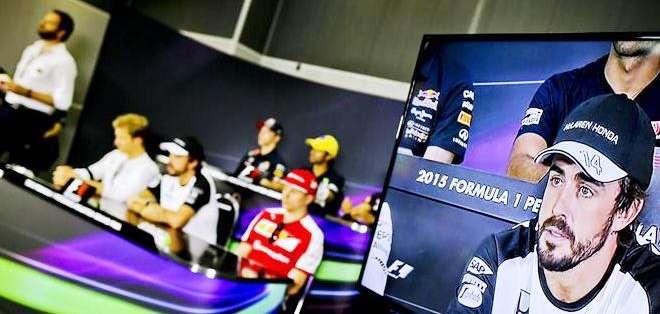 Alonso en rueda de prensa en Malasia (Foto: EFE)