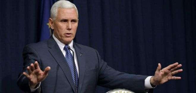 Mike Pence, gobernador del estado de Indiana.