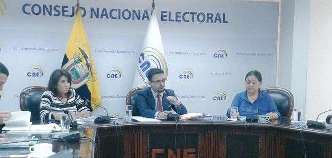 El CNE asegura que serán los peticionarios los que deberán ir directamente a la Corte. Foto: CNE.