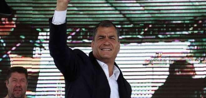 QUITO.- El mandatario se refirió a la prescripción de la pena en contra de Villavicencio y Jiménez. Fotos: Web, Twitter Presidencia EC.