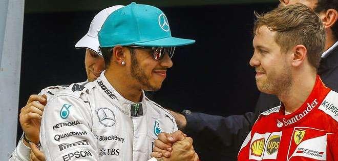 MALASIA.-  El británico  partirá junto con el alemán Sebastian Vettel de Ferrari. Fotos: EFE