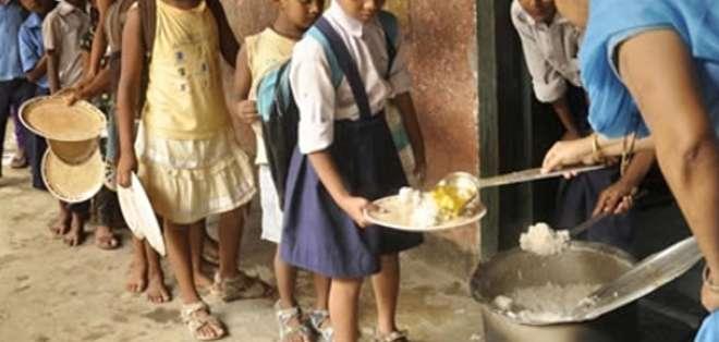 Foto referencial.- Las 615 víctimas tuvieron diarrea y vómitos tras comer pan relleno de carne y verdura ue repartió una ONG local en la provincia de Siem Reap.