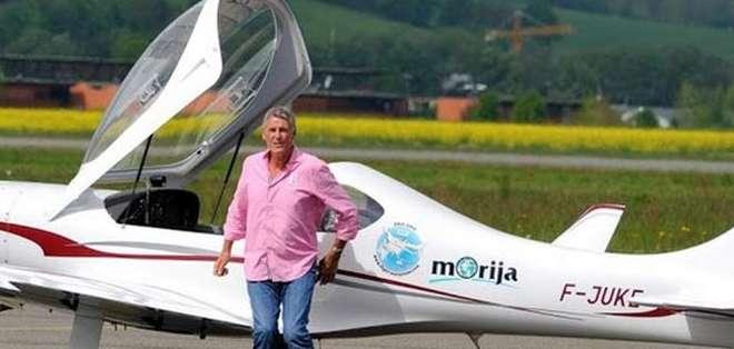 El piloto buscaba surcar los cielos de 34 países, en un total de 76.000 kilómetros, 384 horas de vuelo y 106 aterrizajes.