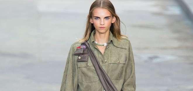 Molly Bair jamás se imaginó que un día modelaría para importantes marcas como Dior y Chanel.