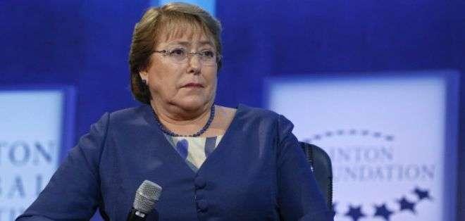 La Moneda confirmó que el primo político de Bachelet viajaba en el helicóptero.