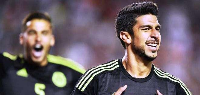 Herrera y el gol para un nuevo triunfo de los mexicanos (Foto: EFE)