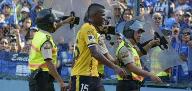 La AFE denunció en su momento una mala actuación de dirigentes contra Alex Bolaños.
