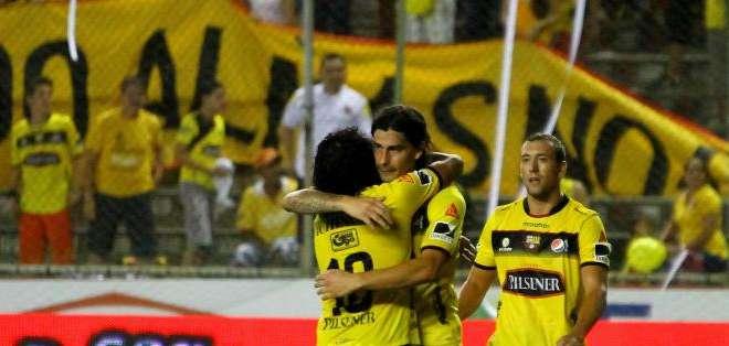 GUAYAQUIL.- El partido estaba diferido por la participación de Barcelona Sporting Club en la Libertadores. Fotos: API